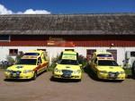 Tre ambulanser från Emmaus