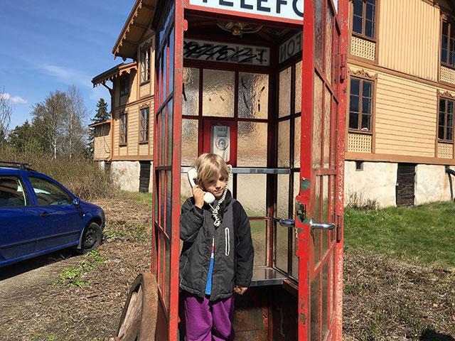 Den gamla telefonkiosken