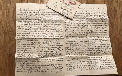 Judit skriver brev till sin kusin Greta i Indien.