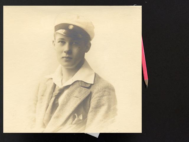 Fredag den 20 juni 1913. Hilding gör sin entré på midsommarafton.