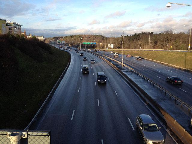 Trafiken vid E4 Frösunda